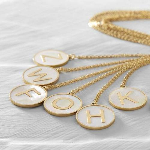 Represent. Necklace with your chosen letter